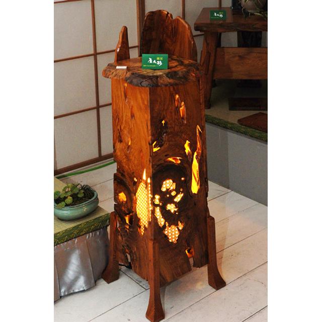 屋久杉製行灯(あんどん)|木製家具