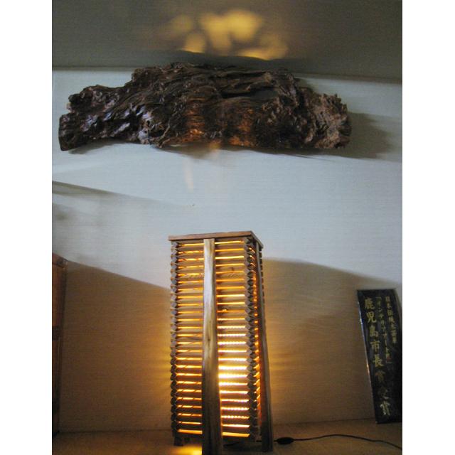 屋久杉製木製家具|行灯(あんどん)その4